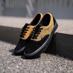 Vans Comfycush Old Sko Tiny Cheetah Black NWT